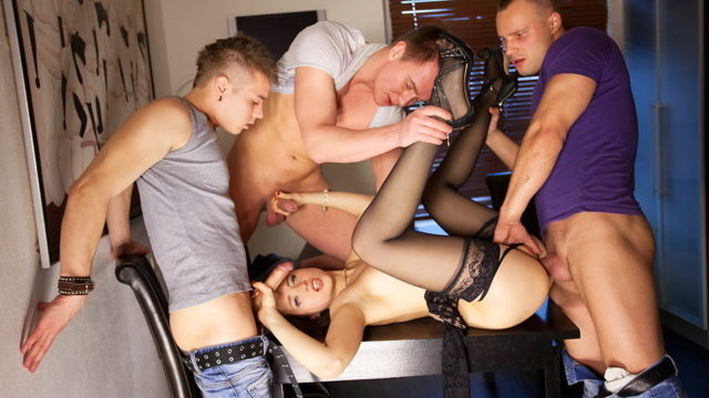 Gangbang X-rated Motion For Slim Taissia-shanti