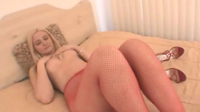 Breathless Blonde Hoe In Crimson Pantyhose Ariel Summer Season Displaying Her Superb Physique
