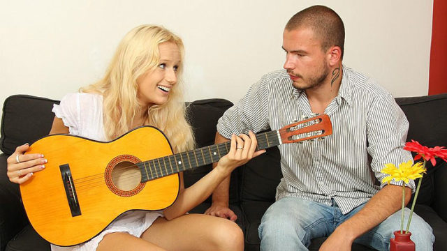 Guitar Frolicking Bro Pummels His Gf