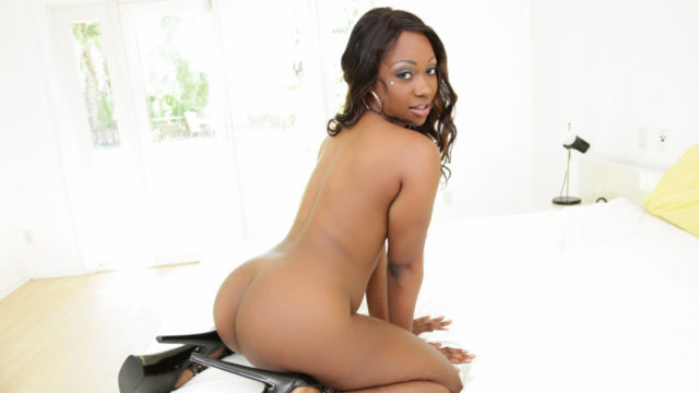 Large Ebony Culo Makes Milky Pink Cigar Explode