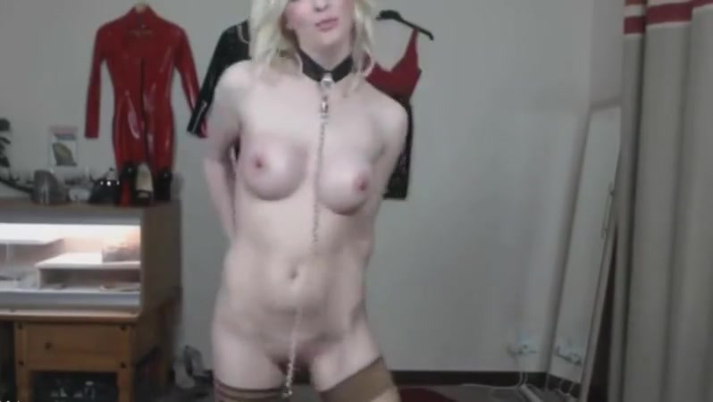 Blondie Mummy Jade In Canine Neck Corset Vag Pounds