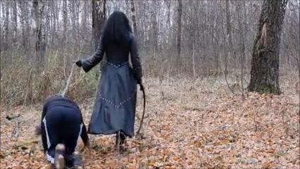Karina Gotika – Human Instructing