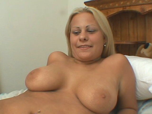 Big-chested Blondie Seductress Casey Cole Showcasing Her Puny Rosy Snatch