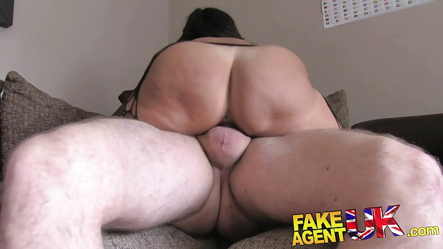 Fakeagentuk Steamy Chilean Mom Will Get Hard-core Anal Invasion Act