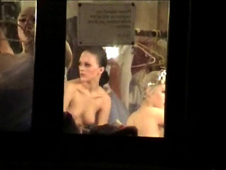 Spying Femmes – Naked Ballet Behind The Curtain Undercover Agent Webcam